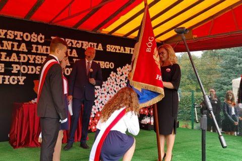 Nadanie imienia Szkole Podstawowej w Sośnicy