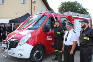 Poświęcenie wozu strażackiego OSP Łowce