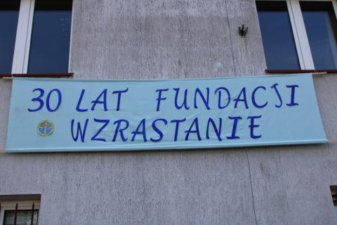 """Jubileusz 30-lecia Fundacji Pomocy Młodzieży im. św. Jana Pawła II """"WZRASTANIE"""""""